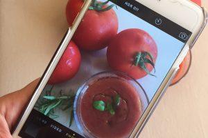 Ortaya bi salata, bi ufak rakı, bi de fotoğraf alalım!